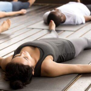 O Que é Yoga Nidra: Benefícios, origem e muito mais
